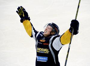 Markus Kinisjärvi ska spela VM i inlinehockey.