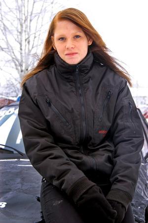Prisad talang. Petra Nordquist, 23 år, från Hällefors vinner det mesta på folkracebanorna.