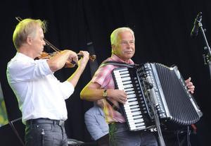 Bröderna Bertilsson, Lasse och Pelle.