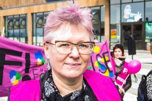 Ingrid Mårtensson från Odensala i Östersund sitter i styrelsen för Feministiskt Initiativ i Sverige. För andra året i rad gick Fi med i Vänsterns demonstrationståg.