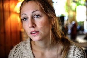 Jonna Jinton flyttade för tre år sedan från Göteborg till lugnet, tystnaden och naturen i lilla Grundtjärn i norra Ångermanland.