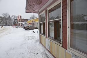 Kiosken var länge en samlingsplats för Forsborna. I dag har Ica-affären, i bakgrunden, tagit över mycket av den rollen.