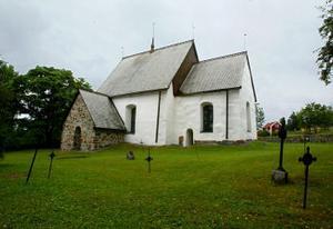 Kyrkan som är över 800 hundra år är mycket välbevarad.