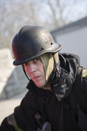 Tom Bengtsson från räddningstjänsten i Norrtälje är instruktör.