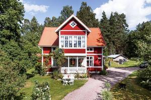 En villa på Bergsgården 240 i Falu kommun var ett av de mest klickade dalaobjekten på Hemnet under vecka 32.