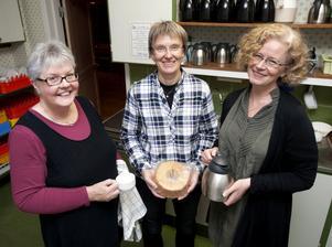 Internationella gruppens medlemmar som bakade brödet var bland annat Elisabeth Nilsson, Karin Persson och Katarina Karlsson.