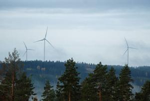 Några av snurrorna är synliga för de boende i Dormsjö där man också kan beröras aen del av bullret.