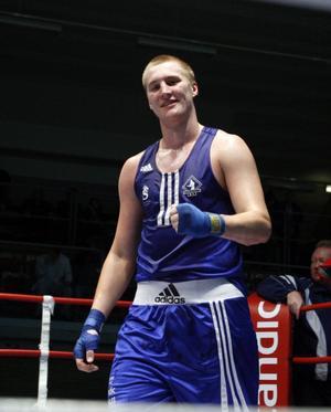 Den rumänska högerkroken (Mihai Nistor) och knocken i OS-kvalet för drygt ett år sedan är historia. Nu blir Sundsvallsboxaren Otto Wallin proffs.