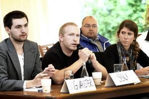 DE RÖDGRÖNA. Satsa på miljön och den offentliga sektorn var budskapet från de rödgröna ungdomspartierna i debatten på Berggrenska i går.