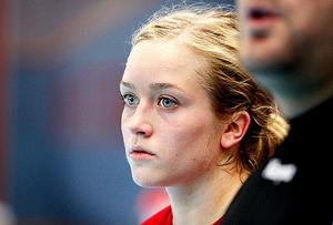 Elsa Petterssons hjärnskakning vill inte ge med sig. Nu förlängs sjukskrivningen.