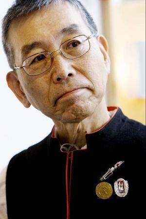 Massa Naguchi är bosatt i Stockholm men åker ofta hem till Japan och håller danskurser för sina landsmän. I helgen fungerar han som tolk för de japanska gästerna på polskmärkesuppdansningen,