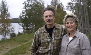 Håkan och Eva Vargas Sundberg som driver Vargas vildmarkslodge kan vinna det ärofyllda priset Grand Travel Awards Ekoturismpris för 2010.