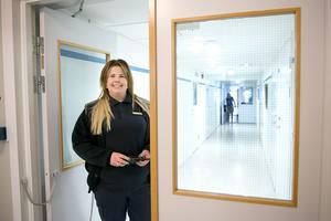 Marie larsson jobbar som klienthandläggare på kvinnoanstalten i Ljustadalen.