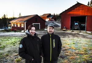 Uppe på höjden ligger gårdsslakteriet som Teresia och Ulf Åkerlund satsat på.