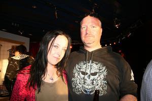 Kizzexpo. Helena och Johan, (Kizz-Army-Swedens grundare)