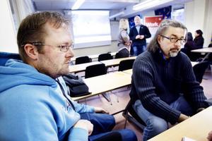 Thomas Ullberg och Lasse Berg lyssnade på informationen, och ska tänka över erbjudandet från Norge.