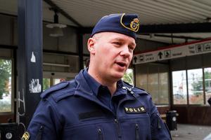 Johannes Persson ger rådet att avsluta samtalet om någon person ringer och ber om dina inloggningsuppgifter för att stoppa ett bedrägeri.