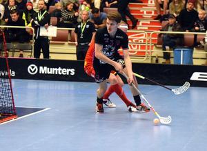 Emil Johansson hittade rätt två gånger och har därmed gjort 100 mål i högsta serien.