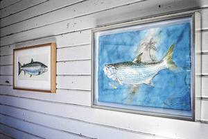 Några av Thommy Gustavssons akvareller, här på en utställning i Gimdalen 2014.