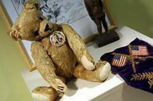 Foto: Hironori Miyata / Camera Press / SCANPIX Veteranbjörn. Den amerikanske presidenten Roosevelt använde den här björnen under sin kampanj vid valet 1904. Det är presidenten som är upphovet till teddybjörnen.