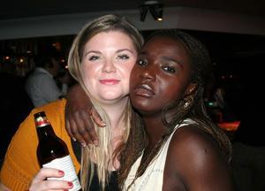 Blue Moon Bar. Sophie och Rita