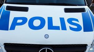 Polis fick ingripa vid knivbråk.