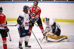 Marcus Hellgren stod för en stark insats i målet, inte minst i tredje perioden när Kumla tryckte på.