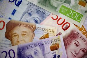 Riksbankens sedelbyte pressar Handelsbanken till att sluta ta emot kontanter på alla kontor.