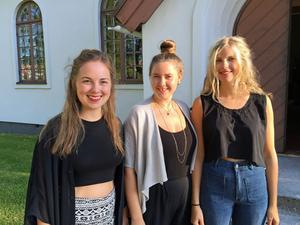 Beata Bermuda består av Linnea Aall Campbell, Hanna Andersson och Samantha Ohlanders. Foto: Maria Dahlström.