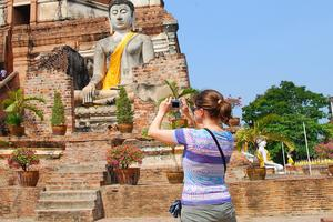 Nu ska utländska besökare få särskilda domstolar i Thailand.