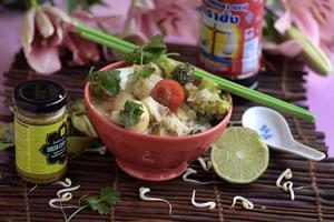 En populär vardagsrätt i mitt kök: torsk med thailändska smaker. Krämigt, syrligt, småstarkt och väldigt gott.