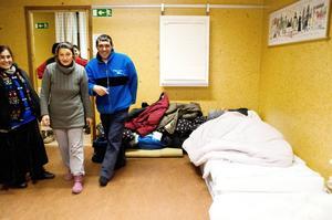 Rumania Petrova, Sedefka Gorgieva, Valentin Tomofto och Alexander Marinov (i sängen).