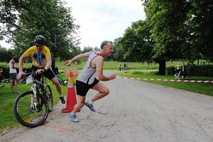 Första växlingen var mellan cykling och löpning.