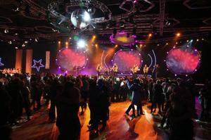Full fart på dansgolvet under Dansbandskampen.Foto: Svt:s presstjänst