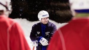 Lars Aronsson lämnar Västanfors med omedelbar verkan.