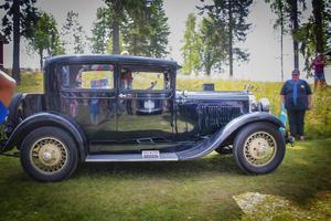 Kenneth Persson från Delsbo fick pris för finaste förkrigsbilen för sin Dodge Victory från 1928.
