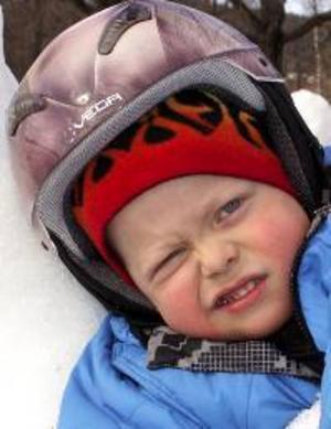 Jonathan Nilsson, 4 år, Frösön:– Ja, ett solstift på näsan och kinderna. Nu kan man både cykla och vara ute i snön.