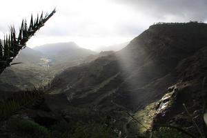 En biltur upp i bergen på Gran Canaria, Puerto Mogan strax före jul. Tog ett kort mellan skurarna, skön kontrast till dagarna vid stranden