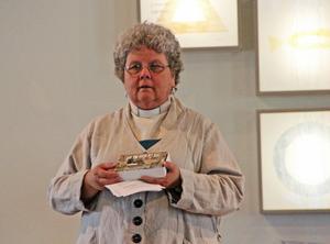 Pastor Teta Backlund pratade om allas värde.