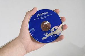 EMMA-skivan är specialinspelad för billjudstävlingar och används i hela Europa. Så även i Vi Bilägares test.
