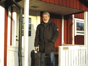 Just nu är Åke Björänge på turné med Sandviken Big Band och kända artister, så fira sin 70-årsdag gör han i julhelgen med familjen.