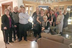 Medlemmarna i By Folkdanslag samlades nyligen till årsmöte.