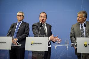 SÄPO-chefen Anders Thornberg, statsminister Stefan Löfven (S) och Jonas Bjelfvenstam, generaldirektör Transportstyrelsen, under en pressträff på Rosenbad med anledning av Transportstyrelsens IT-affär.