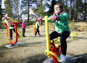 Utegymet är Backes nya samlingsplats där både skolbarn och vuxna får möjlighet att träna.