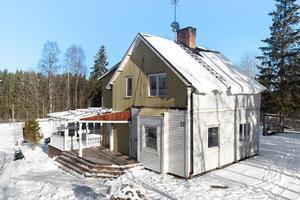 1,5 plansvilla på Barberget, stor tomt med ett bra och fritt läge.
