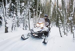 Det kommunala stödet till kommunens snöskoterklubbar är på upphällningen.