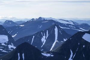 Sielmatjåkka, norr om Kebnekaise och strax öster om Kungsleden i höjd med Tjäktastugan, har visat sig vara 2004 meter – sju meter högre än vad man tidigare beräknat. Bilden tagen från Kebnekaise.