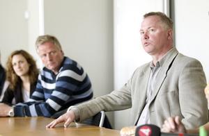 Fredrik Gunnarsson från Industrirådet är i regionen under två dagar för att granska möjligheterna för Gästrikland att få Teknikcollege.