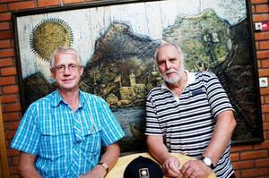 Gunnar Persson  och Björn Cedergren  är två äkta druider. De menar att det viktigaste på ordensällskapets möten är att man har trevligt tillsammans.Foto: Lars-Eje Lyrefelt