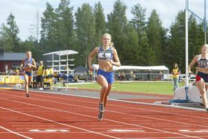 Malin Ström som 21-åring under tävling på Hällåsen i Söderhamn. 2007 fick hon en biljett till Finnkampen.